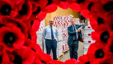 Photo of Scottish Secretary visits poppy factory