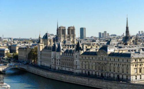 Luxury Hotel Cheval Blanc Paris Opens